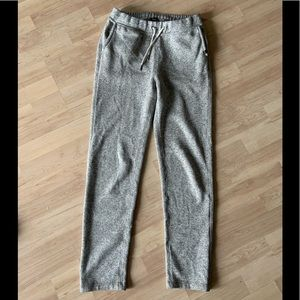 Roots Joggers size XS